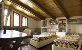 Cutigliano vendita porzione villa bifamiliare con giardino