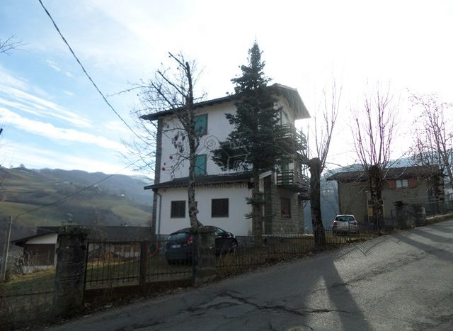 Fiumalbo Dogana Vendita Villa Indipendente