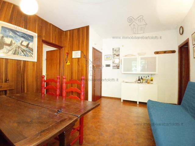 Abetone Uccelliera Trilocale con Garage in Condominio ad 1,5 Km dal centro Abetone, Soggiorno con terrazzo, Cucinotto, Matrimoniale, Singola e Bagno
