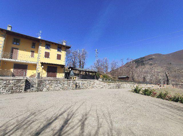 Fiumalbo Vicinanze Villetta a Schiera con Giardino