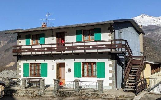 Dogana Nuova Casa Bifamiliare Indipendente con Ampio Garage